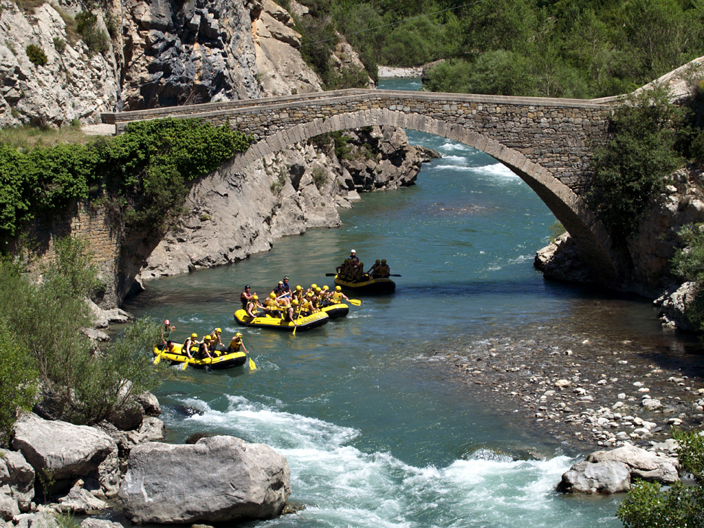 Rafting - Campo (Huesca) - Pirineo Aragonés