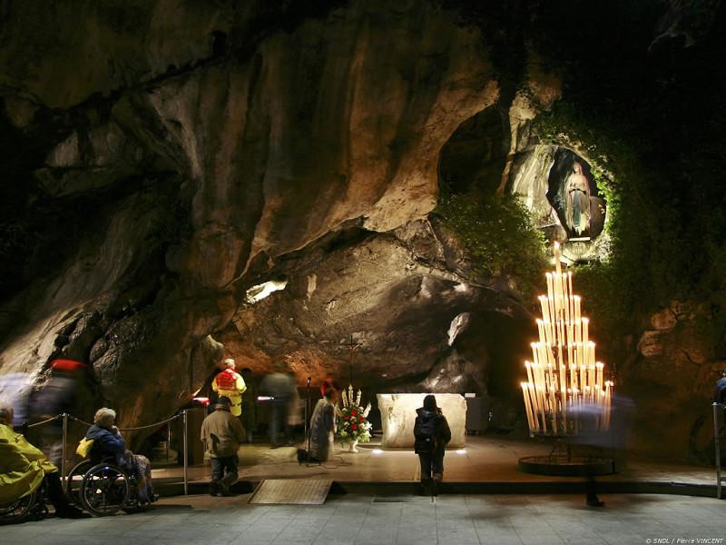 Santuario de Lourdes - Tarbes (Francia)